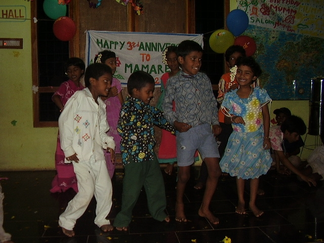 children-in-a-party