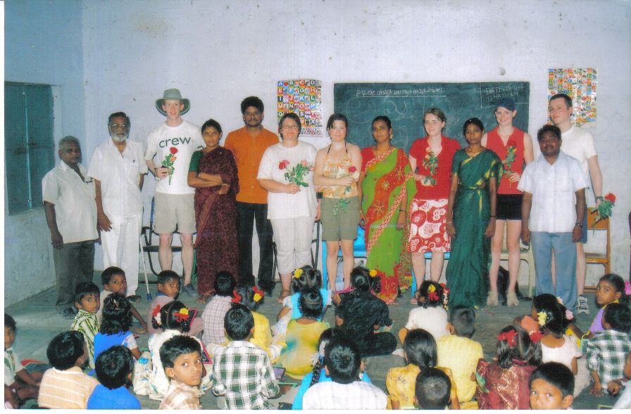 copy_0_vistors-with-child-labour-school-children-and-staff-at-thimmapuram