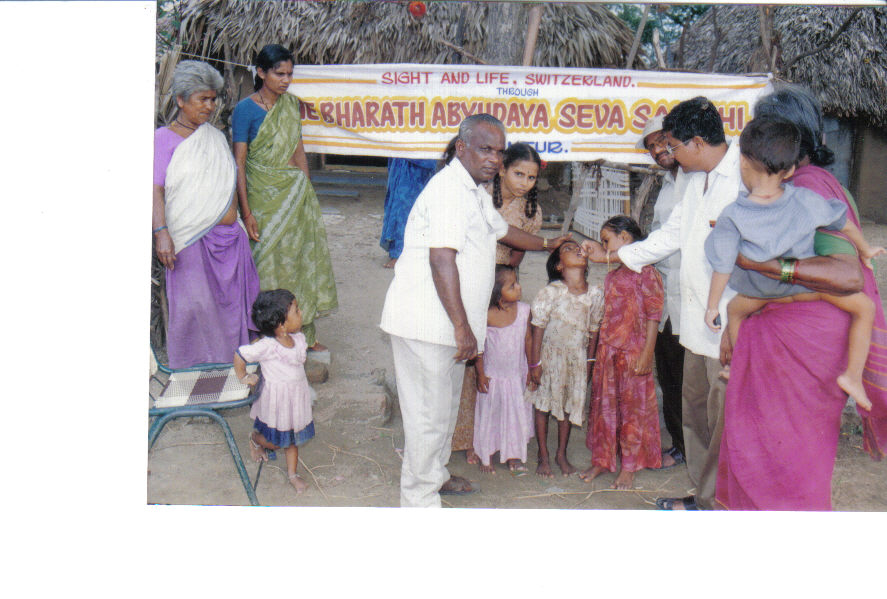 distribution-of-vitamin-a-capsules-to-the-children